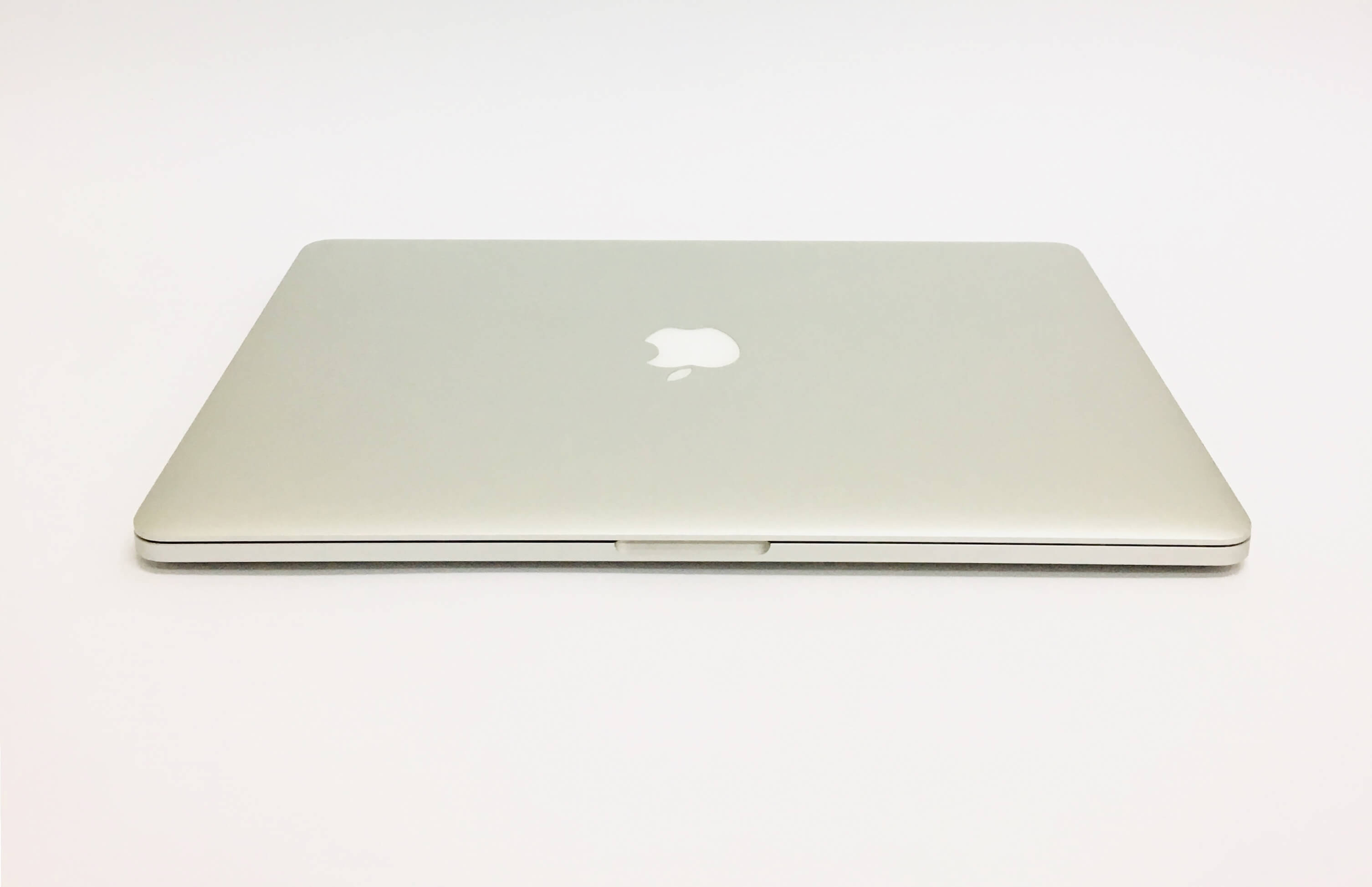 Macbook Pro 15'' Retina, i7, rok 2015, 16GB RAM, 512GB SSD