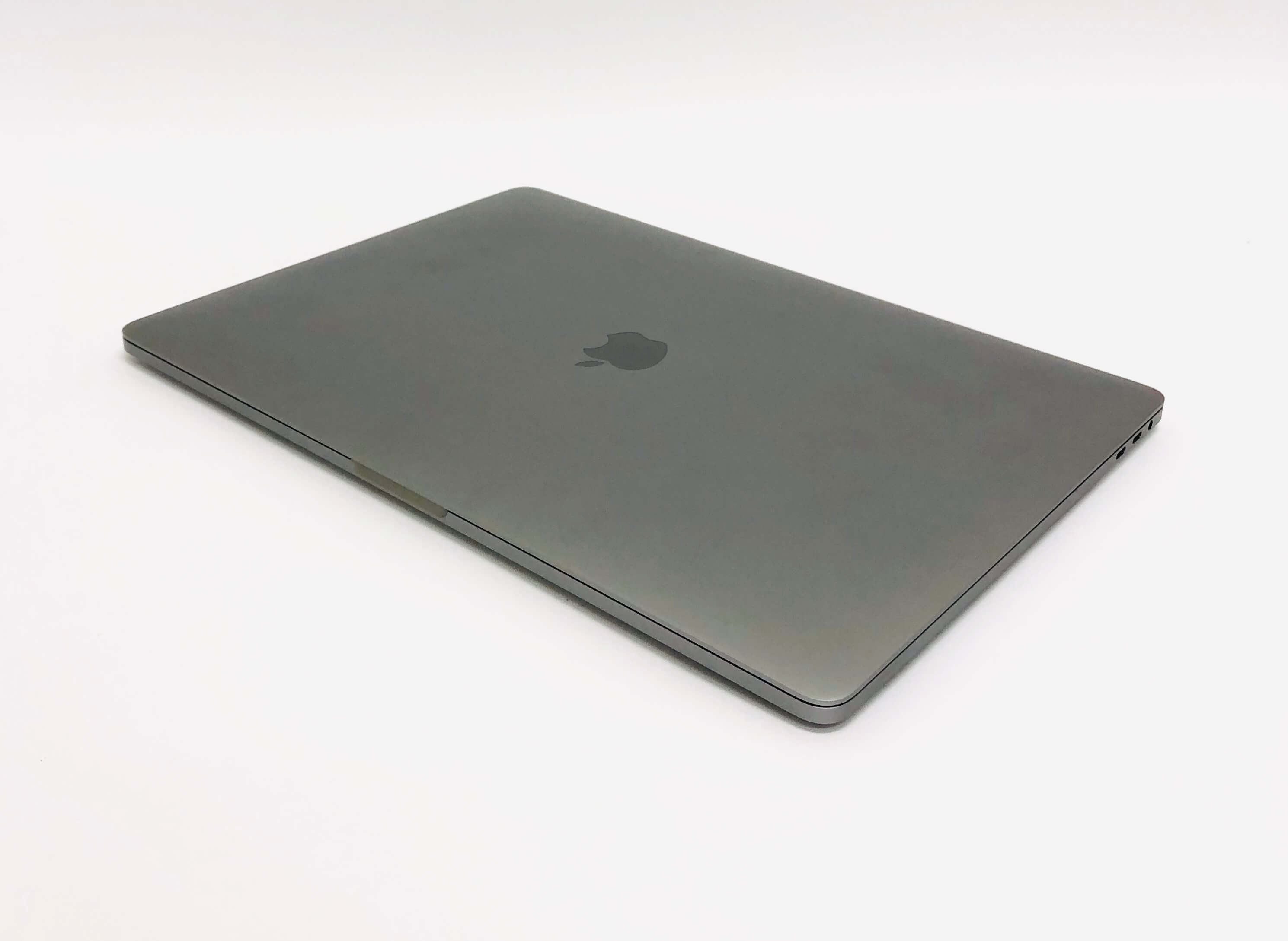 Macbook Pro 15'' Retina, Space Gray, i7, rok 2018, 16GB RAM, 256GB SSD